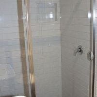 20120731_unit 3 shower_4704